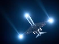 nachtflug flughafen berlin Flugzeug Fliegen Flugerlebnis