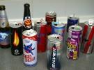 Eine Auswahl an Energy-Drinks