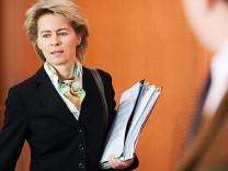 Arbeitsministerin Ursula von der Leyen (CDU)