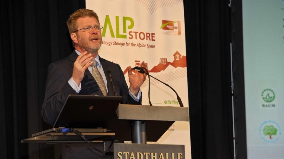 Alternative Energien Energiespeicher in der Alpenregion