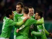 Kickers Offenbach v Vfl Wolfsburg - DFB Cup