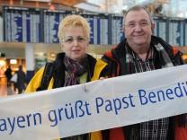 Bayerische Pilger starten zur letzten Audienz von Papst Benedikt