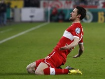 VfB Stuttgart's Gentner reacts after scoring a goal during their German soccer cup quarter final match against Vfl Bochum in Stuttgart