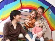 Regenbogenfamilie, Adoption, Gleichgeschlechtliche Paare; Haas