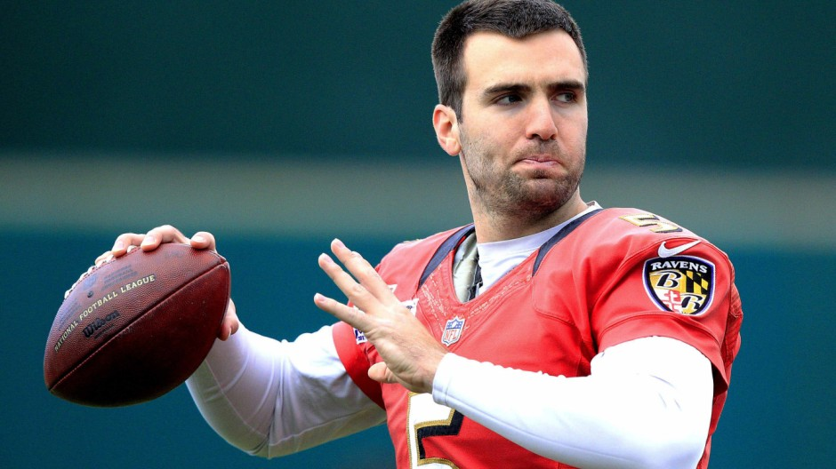 Baltimore Ravens quarterback Joe Flacco (5) warms up during the NFL's Super Bowl XLVII  football practice in New Orleans