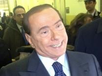 Silvio Berlusconi, Ruby, Bunga Bunga, Italien