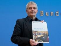 Pressekonferenz Roland Jahn