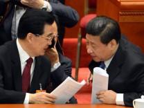 China Ex-Präsident Hu Jintao und sein Nachfolger Xi Jinping