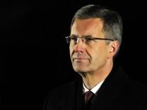 Ex-Bundespräsident Christian Wulff Ermittlungen wegen Bestechlichkeit