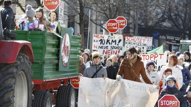 Kirchseeon Südumgehung Protest München Lautstark gegen Flächenfraß