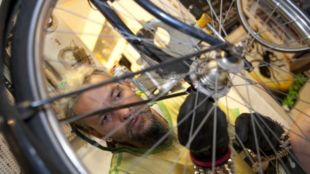Ausbildung Ausbildungsplatz Lehrstelle Zweiradmechaniker
