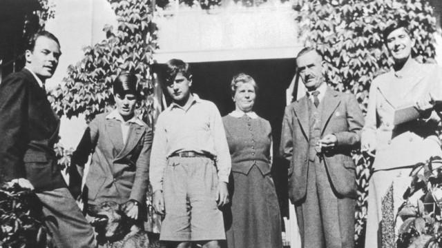 Familie Thomas Mann beim Gruppenfoto, 1932