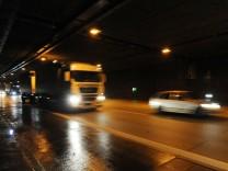 Autoverkehr im Allacher Tunnel, 2013