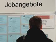 Zeitarbeit Leiharbeit Arbeitsmarkt, dpa