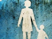Experten Tipp Tipps Erziehung Alleinerziehende Hilfen Mütter Kind Ein-Eltern-Familie