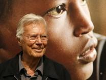 Karlheinz Böhm erhält Friedenspreis der Balzan-Stiftung