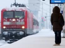 Bahn, Deutsche Bahn, Zug, Verspätung, ÖPNV