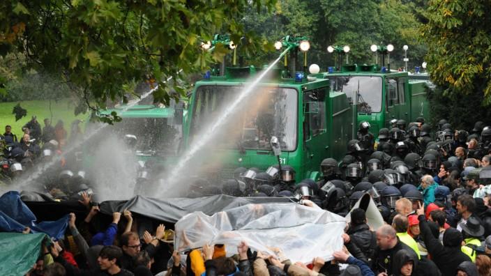 Stuttgart 21 - Wasserwerfer