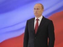 """Russlands Präsident Wladimir Putin will den Titel """"Held der sozialistischen Arbeit"""" aus der Sowjetuntion wieder einführen"""
