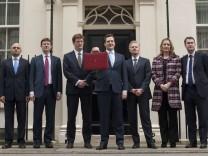 Großbritannien, George Osborne, David Cameron, Sparpaket