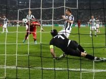 Juventus v FC Bayern Muenchen - Fußball UEFA Champions League Mario Mandzukic