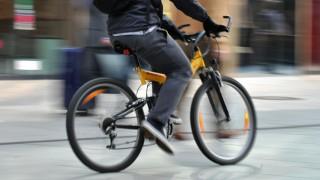 Radfahrer in Fußgängerzone