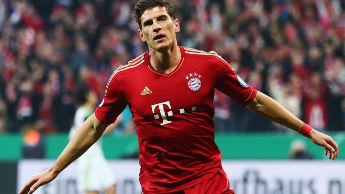 Bayern München v VfL Wolfsburg - DFB Pokal Mario Gomez