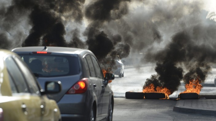 Anti-F1 protest on outskirts of Manama