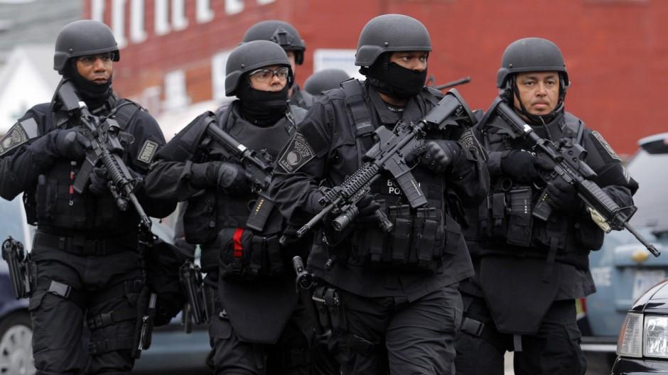 Eine Spezialeinheit der Polizei in Boston