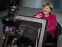Kanzlerin Angela Merkel beim Google Hangout
