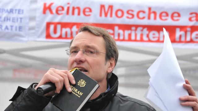 """Michael Stürzenberger von der Partei """"Die Freiheit"""""""