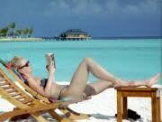 Sabbatical Fragen und Antworten Frau am Strand, ddp
