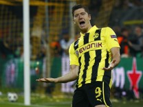 Borussia Dortmund's Lewandowski celebrates scoring against Real Madrid in Champions League semi-final first leg soccer match in Dortmund