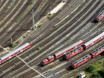 Bundestag stellt Weichen für Teilprivatisierung der Bahn