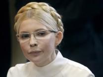 Julia Timoschenko in Kiew vor Gericht