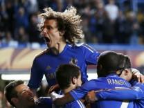 Chelseas David Luiz feiert den Einzug ins Finale der Europa League