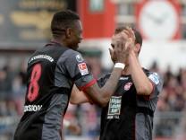 Jahn Regensburg v 1. FC Kaiserslautern - 2. Bundesliga