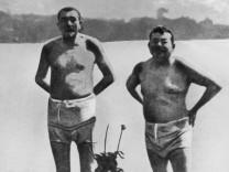 Friedrich Ebert und Gustav Noske beim Baden
