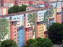 Größtes 'bewohntes' Wandbild entsteht in Berlin