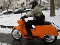 Roller, Scooter, Elektroroller, E-Scooter, Schwalbe, Elektromobilität