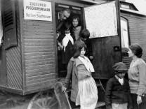 Zigeuner-Missionswagen der Berliner Stadtmission, 1932