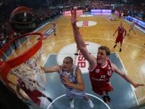 Basketball:  Brose Baskets - FC Bayern München