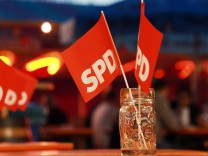 Puchheim: VOLKSFEST / SPD-Fraktionsvorsitzender Markus Rinderspacher spricht im Festzelt