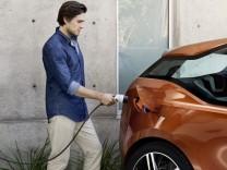 Elektroauto, Elektromobilität