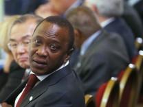 Kenias Präsident Kenyatta führt AU gegen ICC