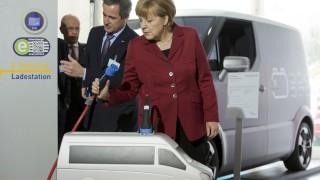 Angela Merkel Kanzlerin Elektroauto Elektromobilität E-Auto