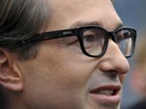Grüne verklagen CSU-Politiker Alexander Dobrindt wegen Behauptungen im Bayernkurier