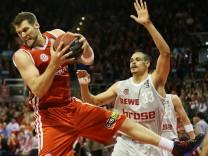 FC Bayern München - Brose Baskets