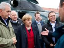 Hochwasser in Sachsen: Merkel in Pirna