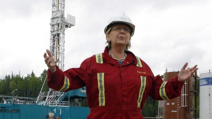 NRW-Ministerpräsidentin Hannelore Kraft besucht eine Fracking-Bohrstelle im kanadischen Dawson Creek